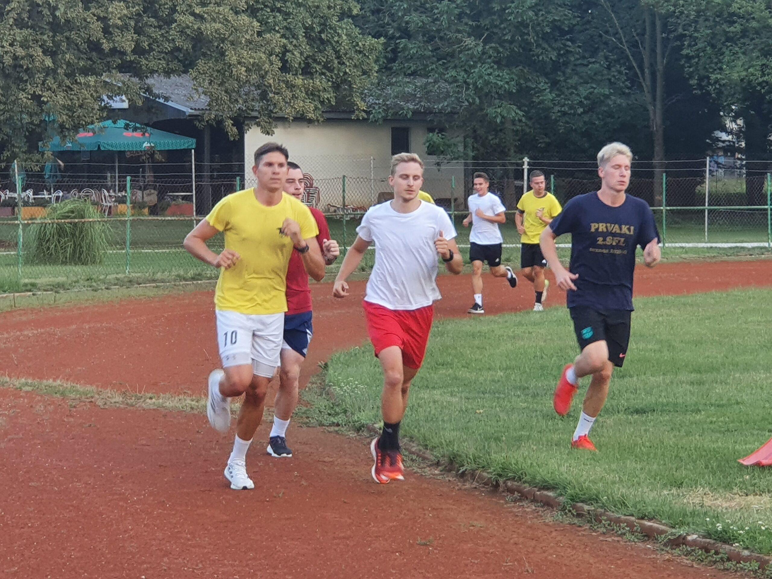 Člani in selekcija U19 pričeli s pripravami